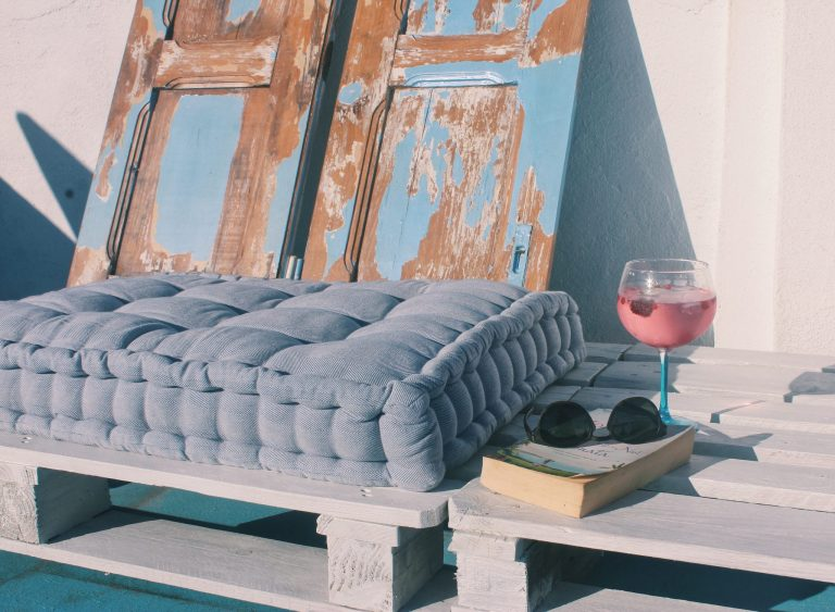 roof terrace pallet sofa